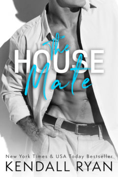 {Review} The House Mate by @KendallRyan1